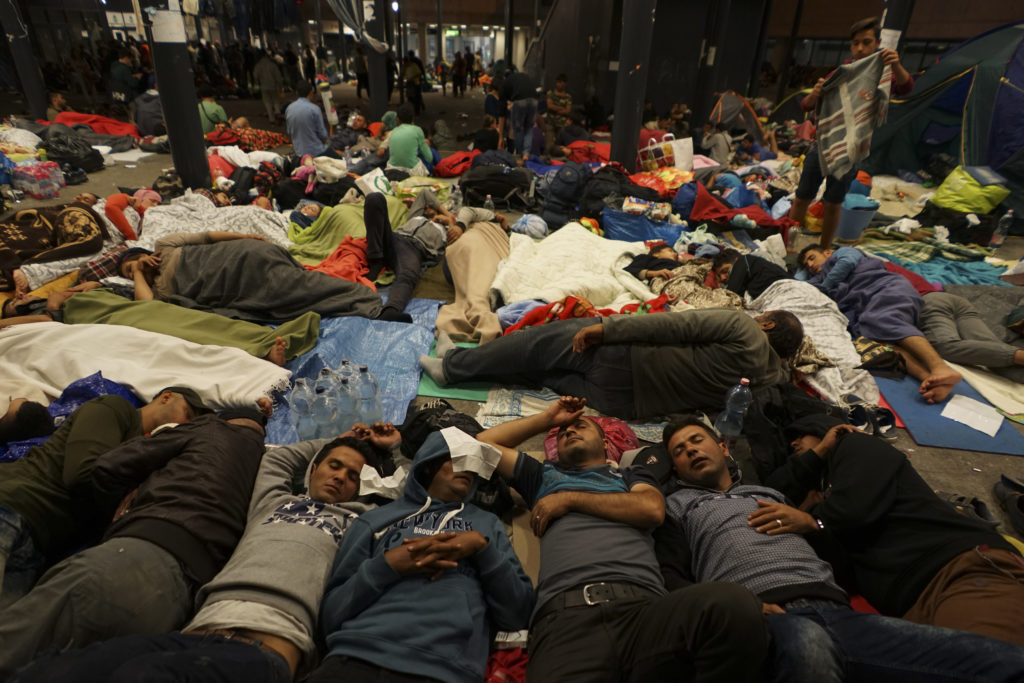 offline refugees